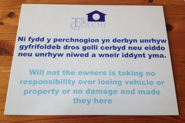 Welsh sign with English translation